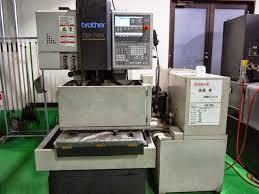 Máy cắt dây CNC 12