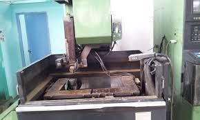 Máy cắt dây CNC 18