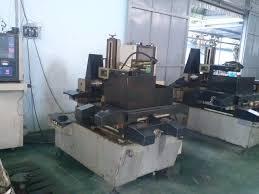 Máy cắt dây CNC 31