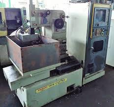 Máy cắt dây CNC 4